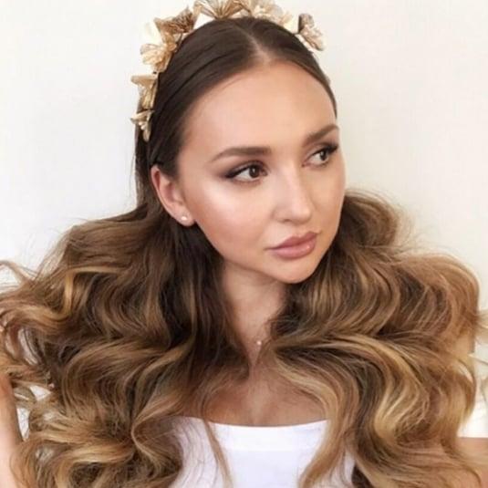 Romantic Wavy Hairstyles
